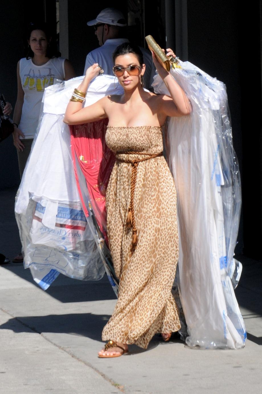 Kim Kardashian in leopard